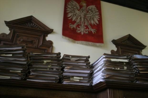 Sąd przygotował zawiadomienie ws. zeznań dotyczących dr. Mirosława G.