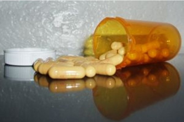 Eksperci o warunkach dopuszczenia leku na rynek
