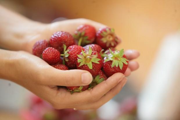 Badania: truskawki i borówki mogą obniżać ryzyko zawału serca u kobiet