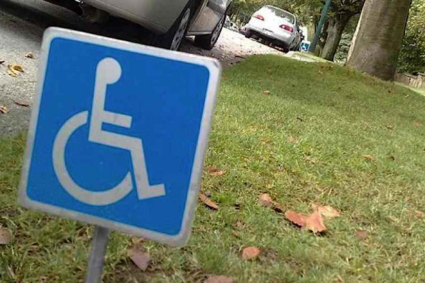 Sejm: barier dla niepełnosprawnych coraz mniej, ale brakuje spójnej polityki