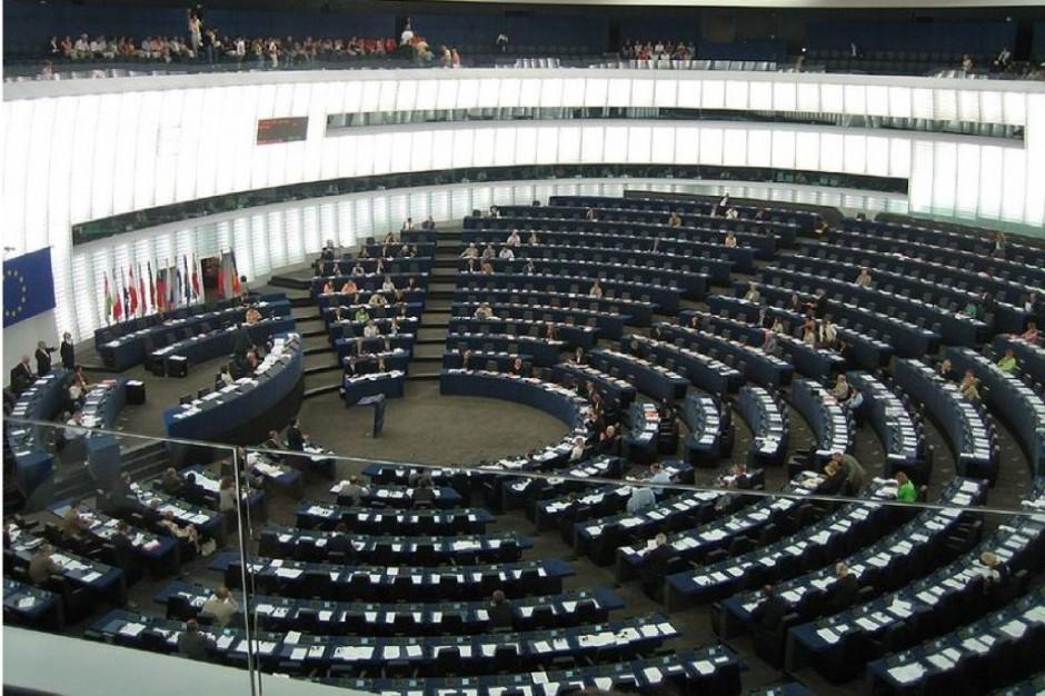 Parlament Europejski: w marcu głosowanie w sprawie uznawania kwalifikacji pielęgniarek