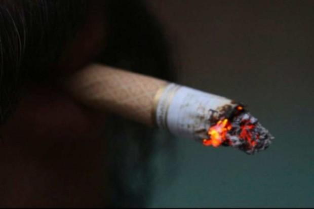 """Wystarczy minuta palenia, żeby """"wyhodować"""" raka"""