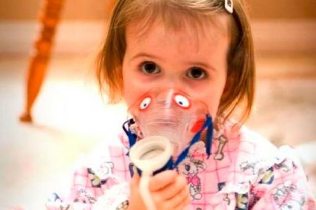 Eksperci: chorzy na mukowiscydozę naprawdę walczą o oddech