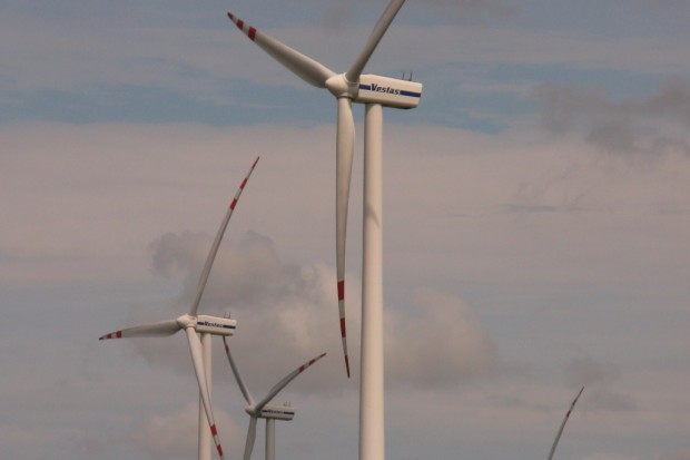 Radom: szpital buduje instalację fotowoltaiczną i wiatrową