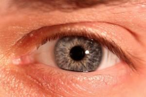Okulistyka: kiedy większe ryzyko zwyrodnienia plamki żółtej