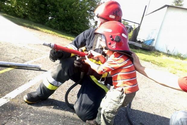 Małopolskie: straż pożarna też w systemie ratownictwa medycznego