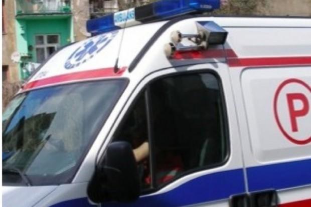 Bydgoszcz: kierowca karetki stracił pracę, bo przeklinał
