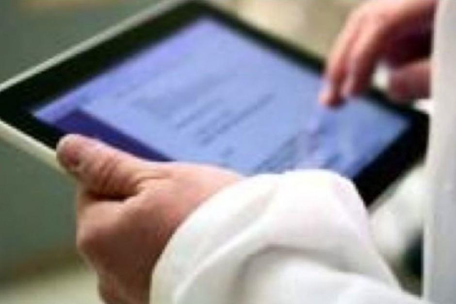 Choroszcz: kupią tablety lekarzom