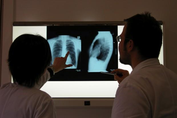 Łódzkie: uczniowie dowiadują się, jak zadbać o swoje płuca