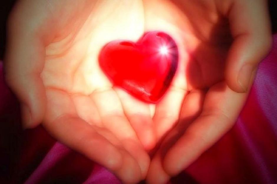 """Wystawa """"Otwarte serca"""" w Centrum Zdrowia Dziecka"""