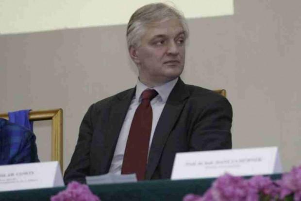 Dymisja Jarosława Gowina - poszło o zarodki