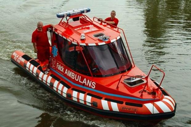 Zegrze: nowy oddział pogotowia ratunkowego z wodnym ambulansem