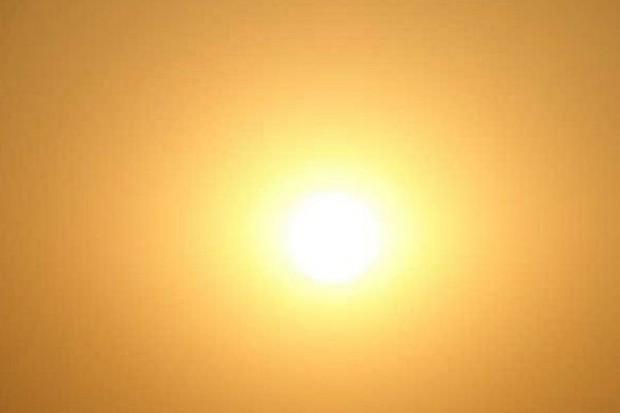 Eksperci: nie unikajmy słońca w obawie przed rakiem skóry