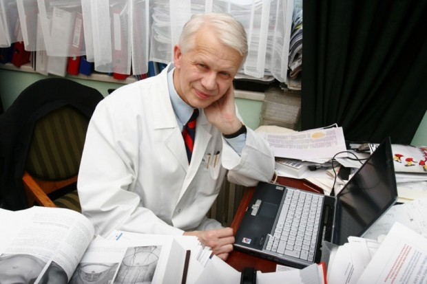 """Prof. Jędrzejczak: """"pozytywista do szpiku kości"""""""