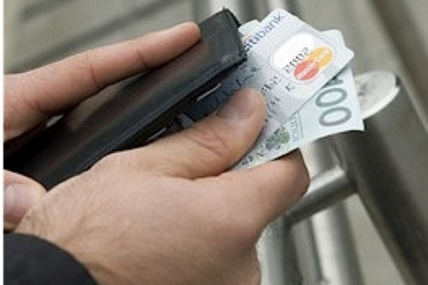 Dlaczego Polacy płacą za leczenie?