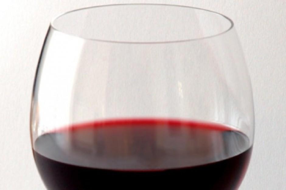 GUS: co trzeci Polak pije akohol kilka razy w miesiącu