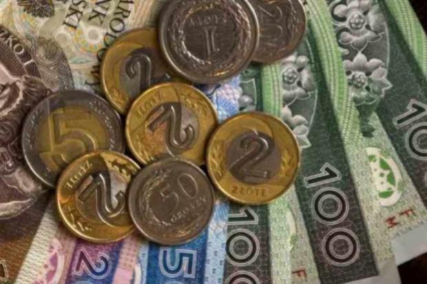 Minister pyta o etykę, NRL pyta ministra o pieniądze
