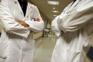 Rośnie liczba bezrobotnych lekarzy