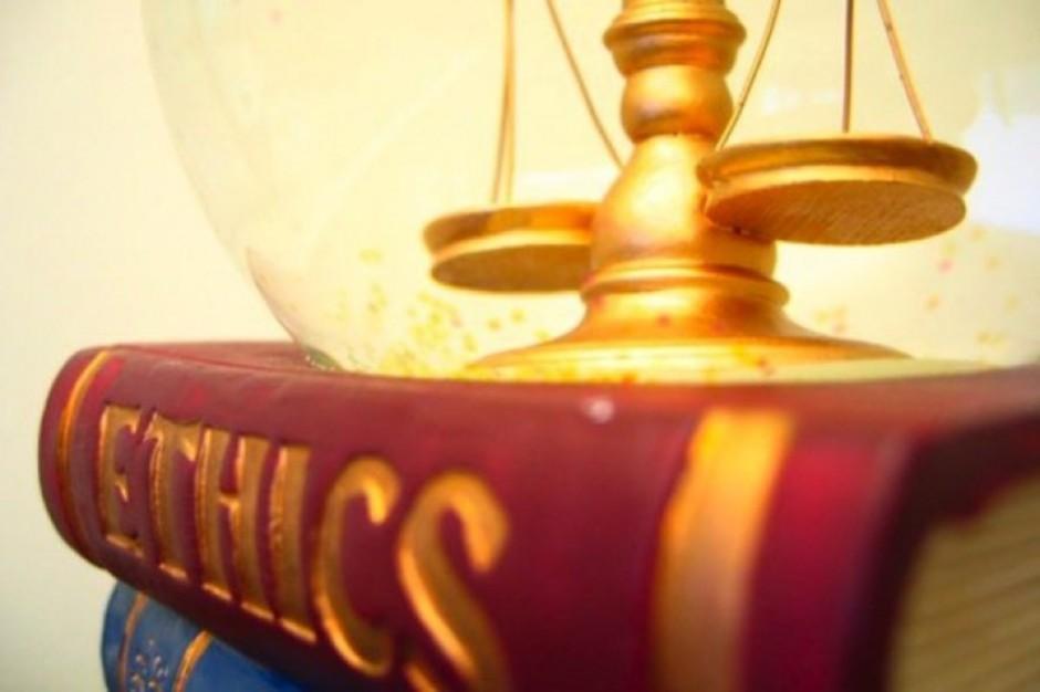 NIL: nie ma potrzeby zmian w Kodeksie Etyki Lekarskiej