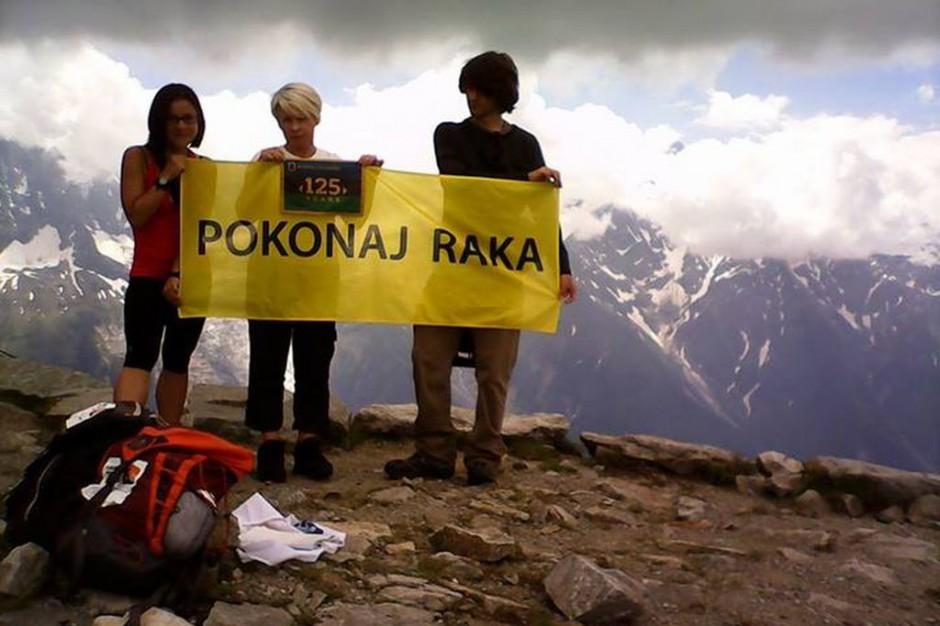 Pokonali raka, teraz wejdą na Elbrus