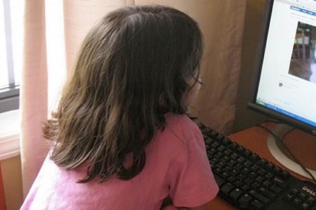 Japonia: co dziesiąty uczeń patologicznie uzależniony od internetu