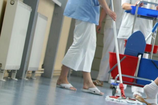 Tarnowskie Góry: znajdą sposób na zatrudnienie salowych w szpitalu?
