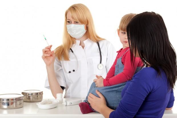 Warszawa: bezpłatne szczepienia dzieci przeciwko pneumokokom