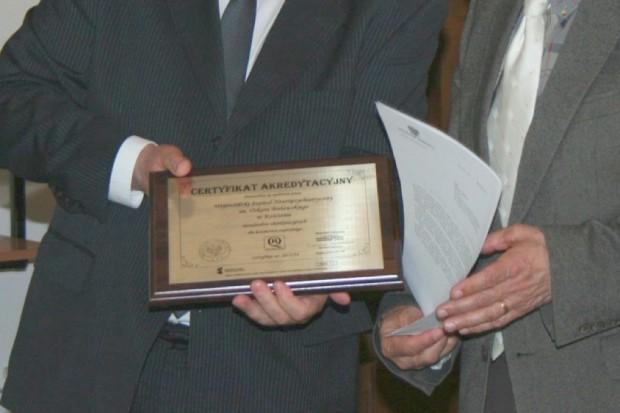 Słupsk: szpital Salus z certyfikatem akredytacyjnym ministra zdrowia