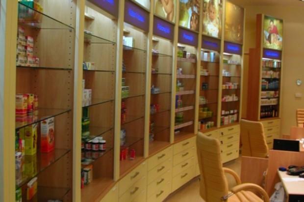 Farmaceuci domagają się doprecyzowania przepisów dotyczących reklamy aptek