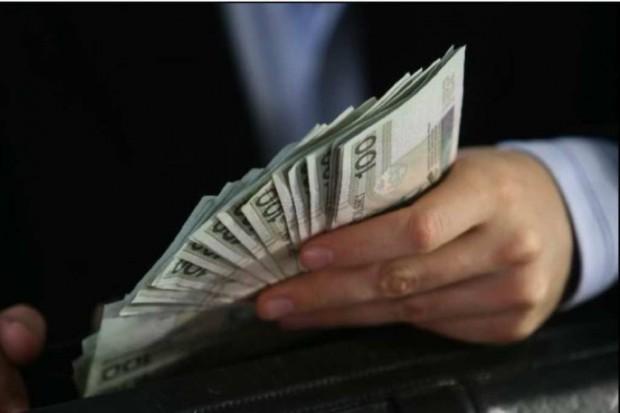 Wynagrodzenia: najlepiej zarabiają mazowieccy ordynatorzy