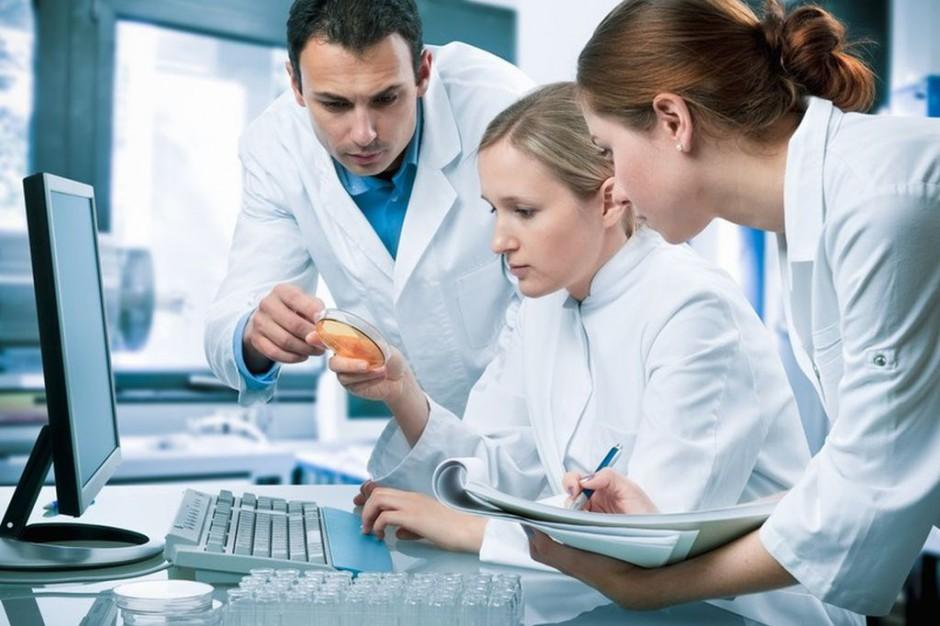 Zagraniczni studenci na kierunkach medycznych: zysk dla kadry i uczelni