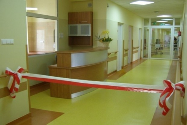 Włocławek: nowy budynek szpitala z lądowiskiem dla śmigłowców - otwarty
