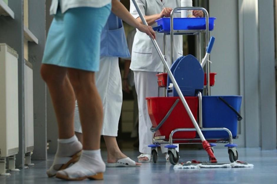 Giżycko: sprzątanie szpitala w rękach firmy zewnętrznej, oszczędności to...