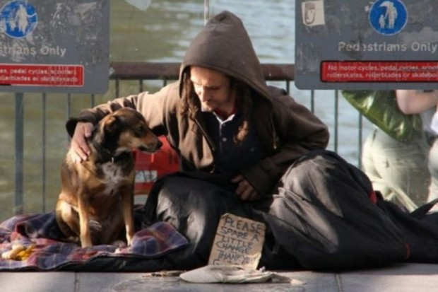 Śląskie: wybudowali nową ogrzewalnię - bezdomni otrzymają też pomoc medyczną