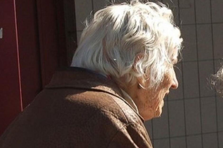 Kiedy i jak pomagamy seniorom - wyniki badania