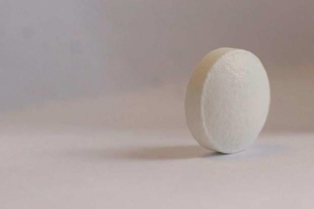 Walka z przewlekłym bólem: połączenie oksykodonu i naloksonu o przedłużonym uwalnianiu