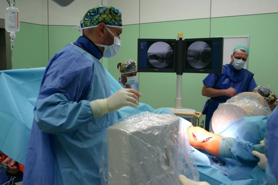 Operacja ortopedyczna: amortyzator zamiast kuli