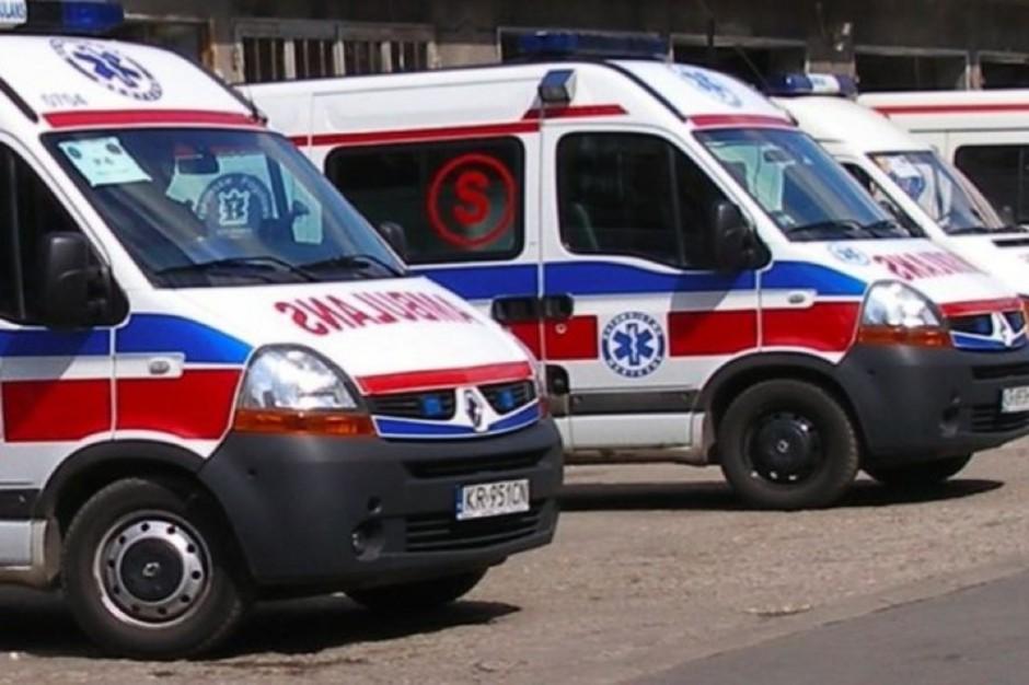 Kościerzyna: pacjenci płacili za przewóz karetką