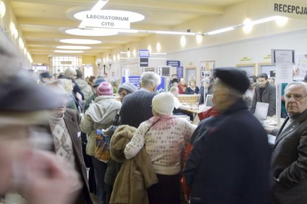 Niech Arłukowicz przedstawi raport o kolejkach w ochronie zdrowia - żąda SLD