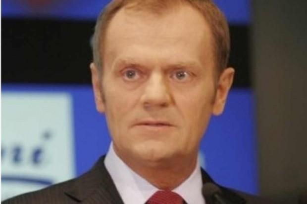 Donald Tusk: opozycja broni interesów koncernów farmaceutycznych