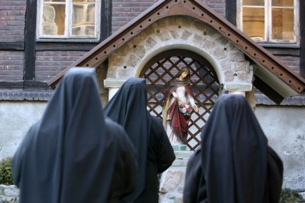 Brakuje zakonnic do opieki nad chorymi