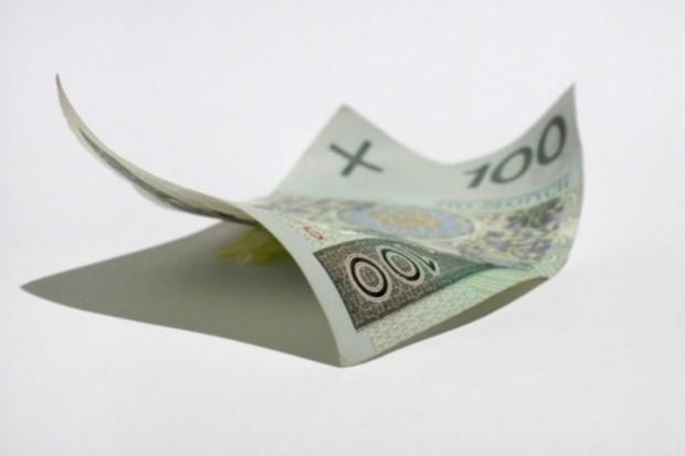 Sondaż: im wyższe zarobki, tym większe przyzwolenie na dopłaty