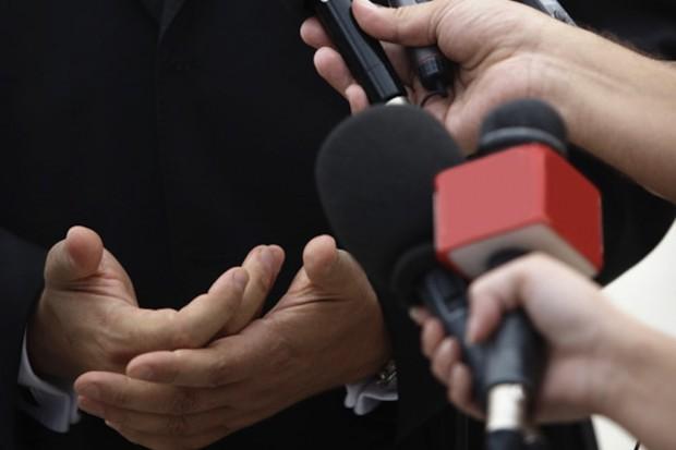Uwaga - kryzys! Zaraz będą dziennikarze...