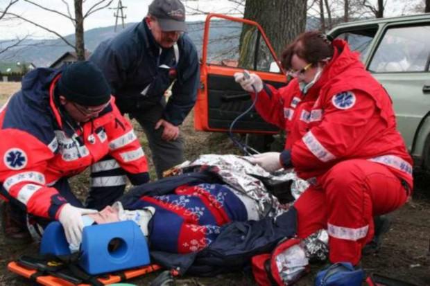 Karta ratownicza w pojeździe może uratować życie pasażerom
