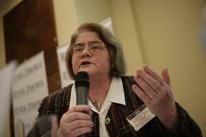 Eksperci: należy znieść limitowanie świadczeń w opiece paliatywnej