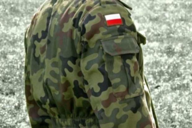 Senat broni pełnopłatnego zwolnienia dla mundurowych