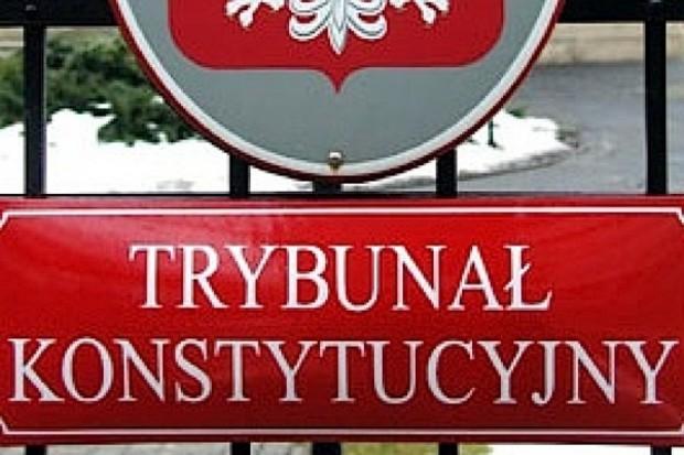 TK: utrata chorobowego w przypadku zarobkowania - konstytucyjna