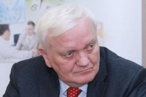 Prof. Paweł Grieb o bezpieczeństwie stosowania leków biopodobnych