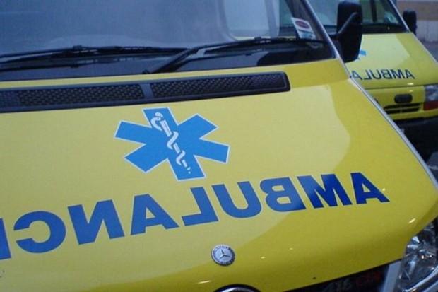 Łódź: pięć osób poszkodowanych w wypadku z udziałem karetki