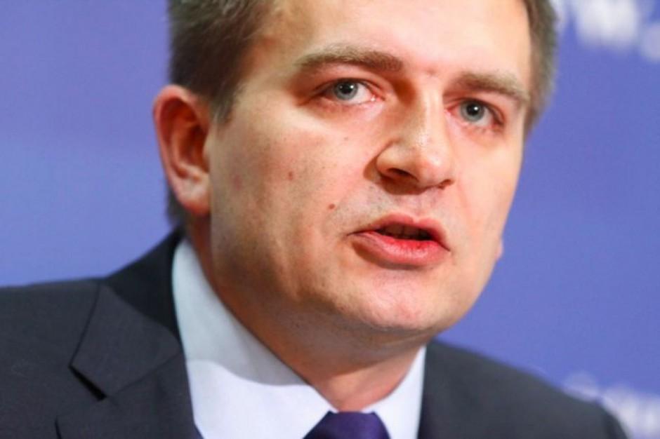 Minister zdrowia: Kaczyńskiemu zależy na słupkach poparcia